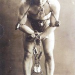 Entertainment - Photo - Circus - Houdini in chains