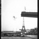 Entertainment - Photo - Person jumping off bridge on bike into Seine