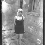 Portrait  - Photo - Girl in swimsuit - French photo